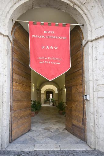 Palazzo Guiderocchi, Ascoli Piceno
