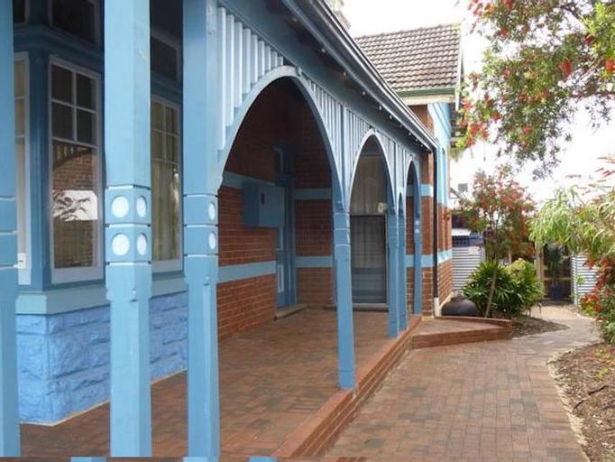 Coolibah Lodge, Vincent