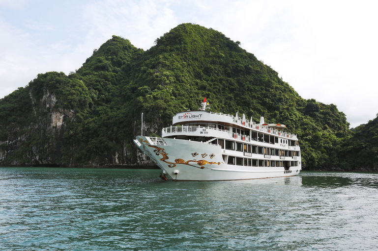 Starlight Cruiser, Hạ Long