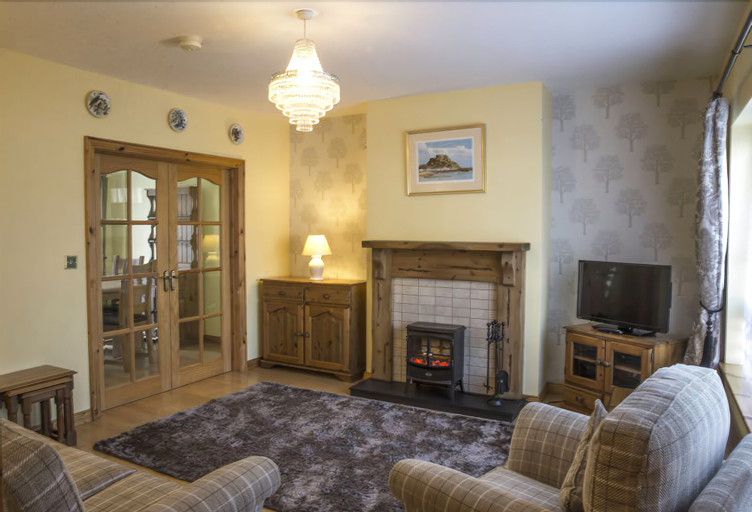 74 Castle Manor, Fermanagh and Omagh