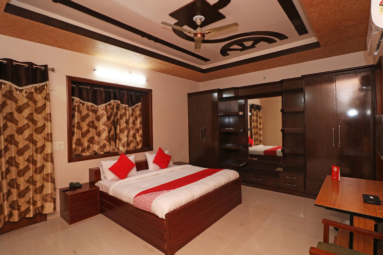 OYO 27055 Love Guest House, Rohtak