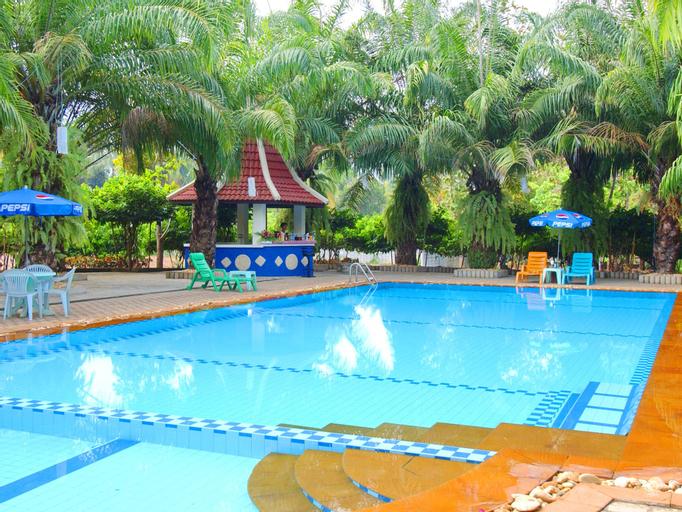 Phatad Valley Hotel, Thong Pha Phum