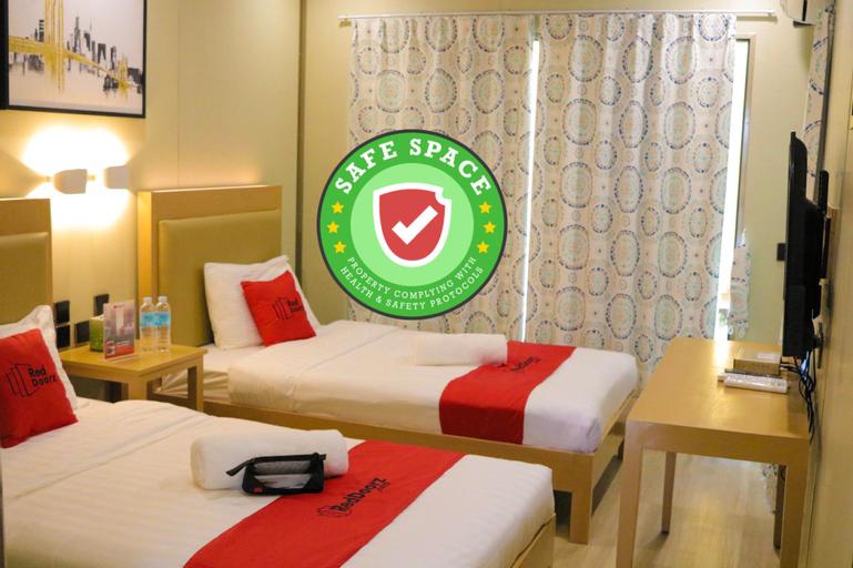 RedDoorz Plus @ AS Fortuna Cebu, Mandaue City