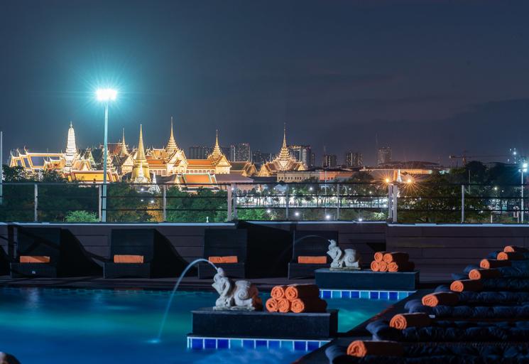 Dang Derm in The Park Khaosan, Phra Nakhon