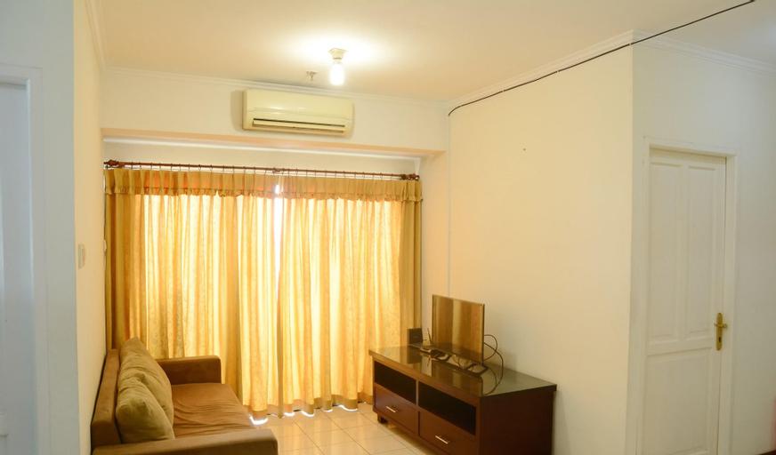 Cozy at Puri Garden Apartment near to Puri Indah, West Jakarta