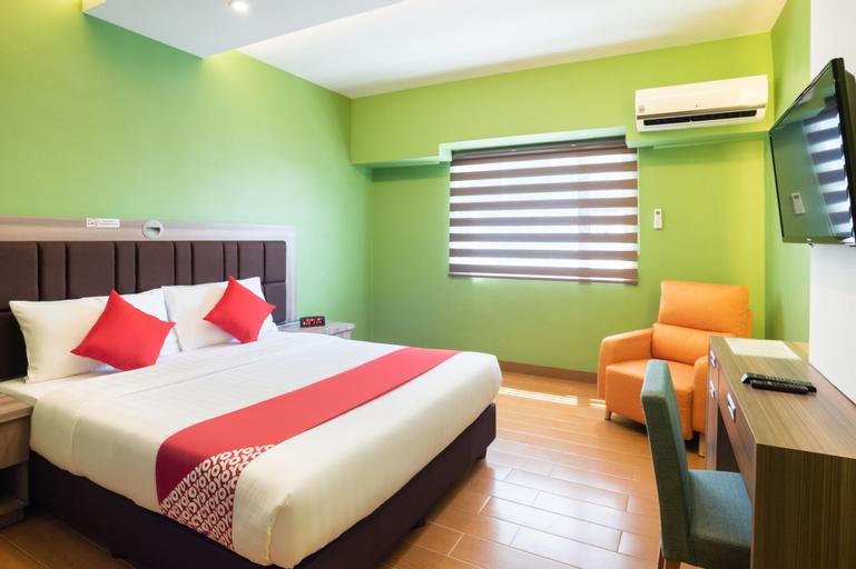 OYO 196 Destiny Hotel, Makati City