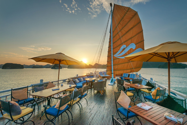 Paradise Luxury Cruise, Hạ Long