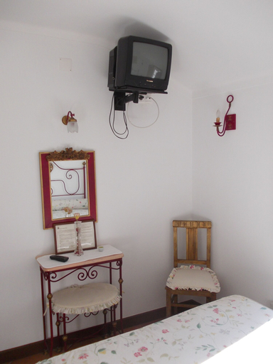 Casa de Sao Thiago d' Obidos, Óbidos