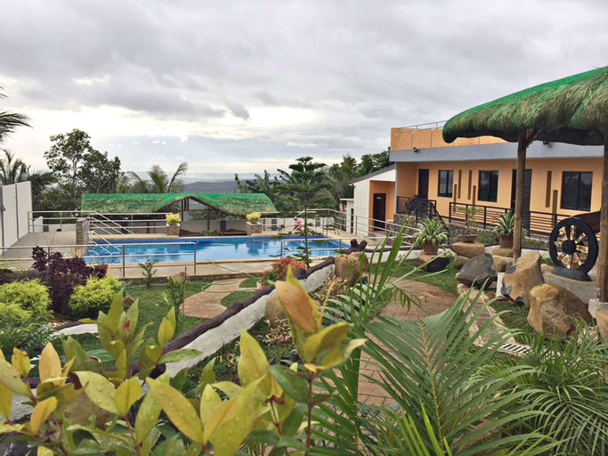 Luke's Haven Private Pool and Events Place, Tanay