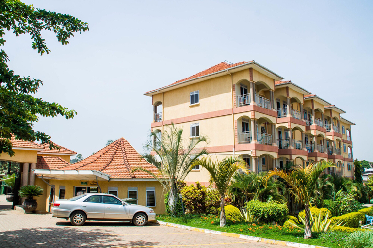 Desert Breeze Hotel, Arua Municipality