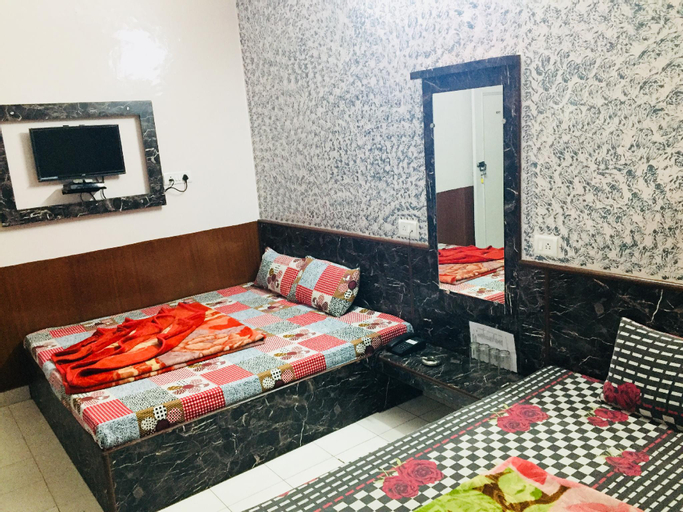 Hotel Bajrang, West