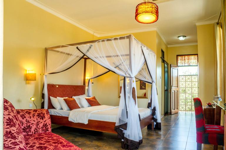 2 Friends ENTEBBE Beach Hotel, Entebbe