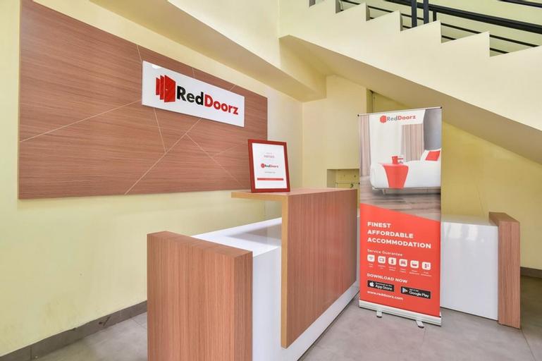 RedDoorz Plus near Tebet Barat 3, South Jakarta