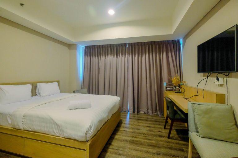 Minimalist and Posh Studio Kemang Village Apartment By Travelio, Jakarta Selatan