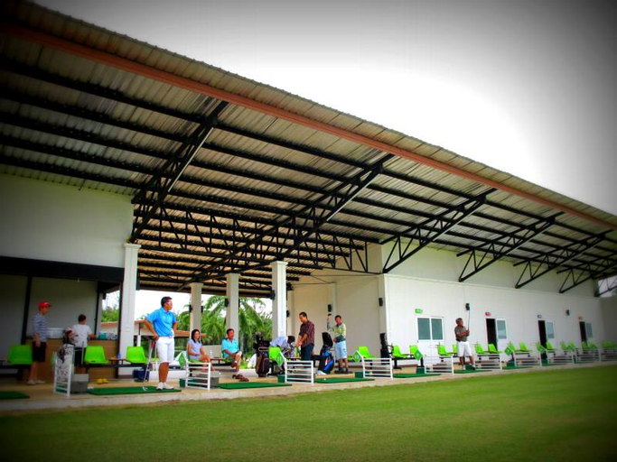 Palm Driving Range & Resort, Muang Krabi