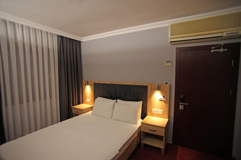 Funda Hotel, Merkez