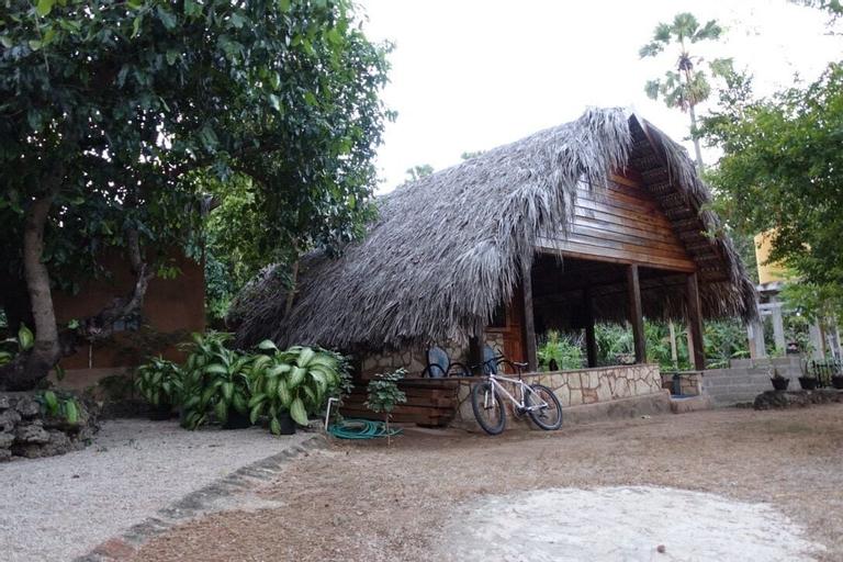 Lualemba Bungalows, Rote Ndao