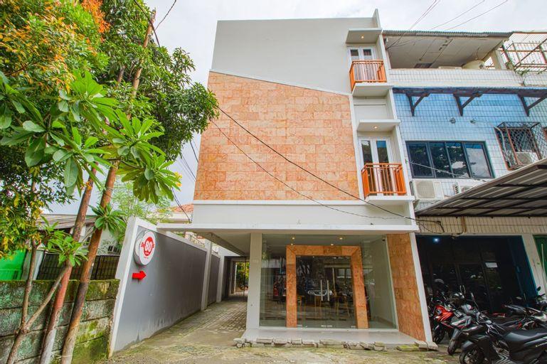 De 80's Pondok Labu, Jakarta Selatan