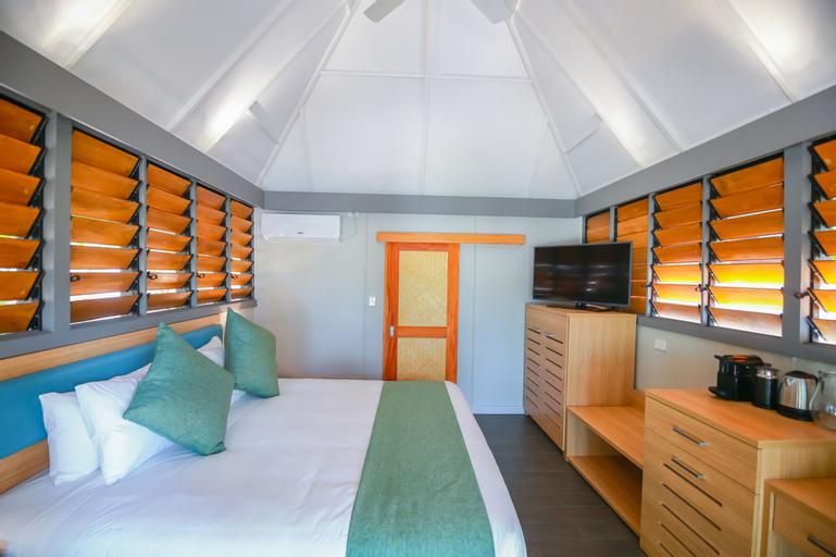 Serenity Island Resort, Ba