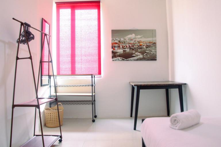 Modern 2BR Cervino Village Apartment By Travelio, South Jakarta