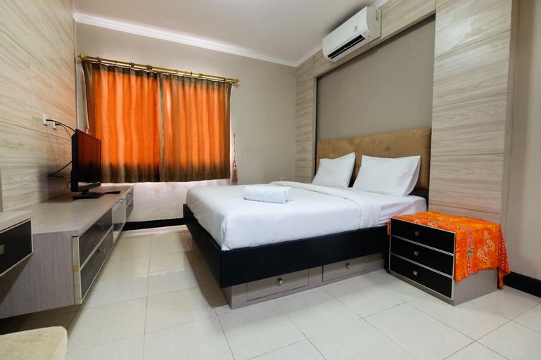Cozy and Elegant 1BR Apartment at Mediterania Boulevard, West Jakarta