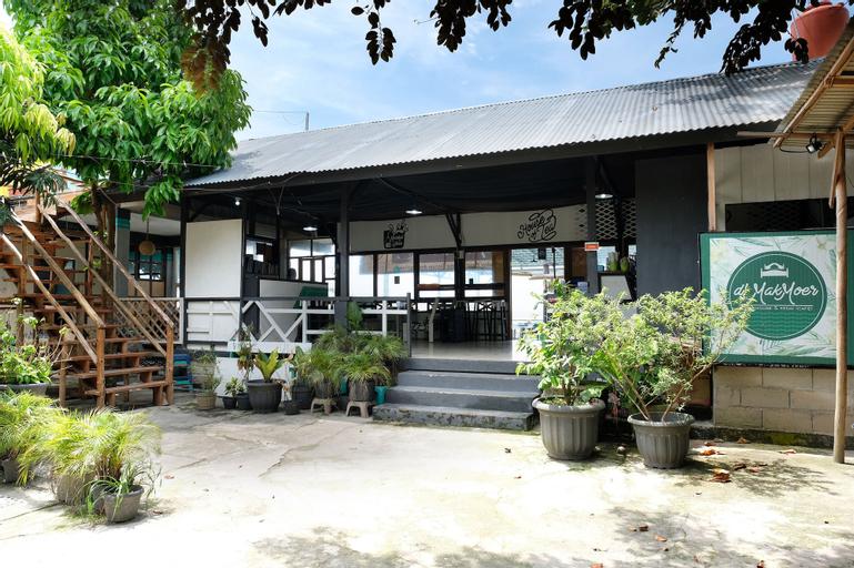 OYO 1853 Guest House D'Makmoer, Belitung