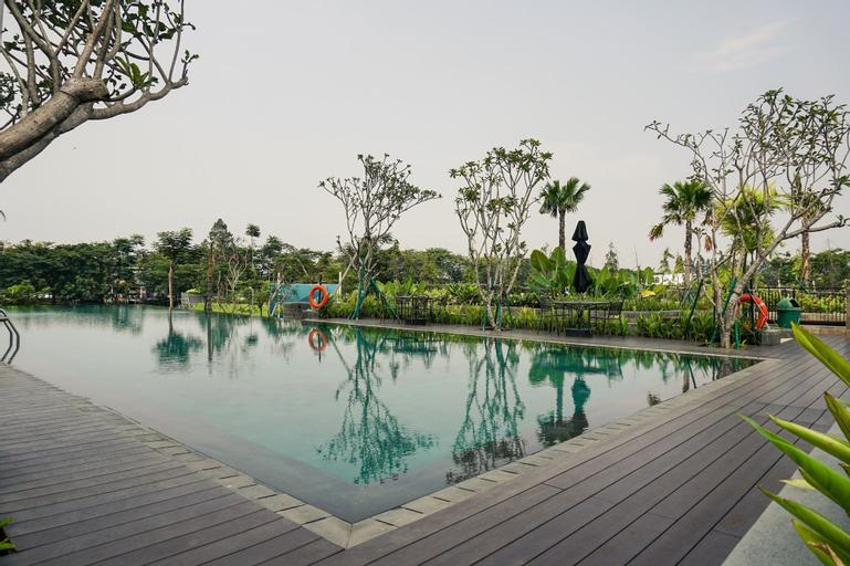 Elegant and Beautiful 2BR at Citra LakeSuites Apartment By Travelio, Jakarta Barat