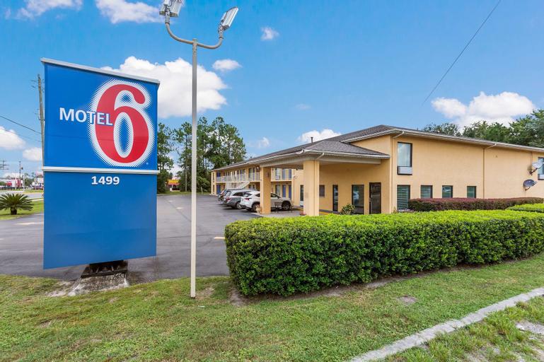 Motel 6-Macclenny, FL, Baker