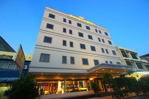 Lovina Inn Nagoya, Batam