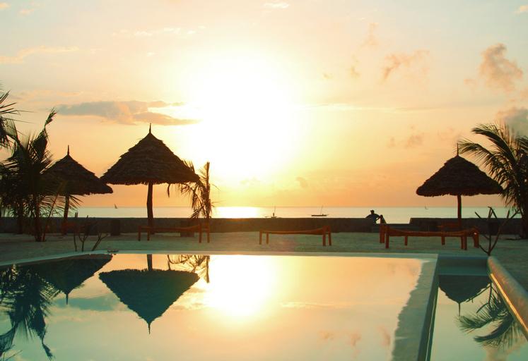 Nur Beach Resort, Kusini