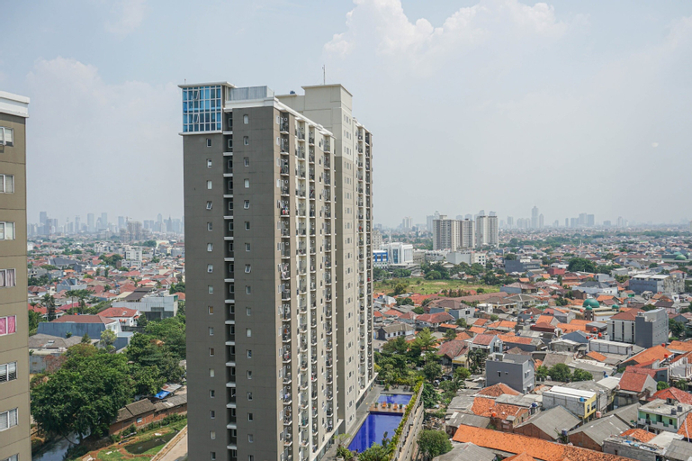 Simple with Affordable Price Studio Puri Park View Apartment By Travelio, West Jakarta