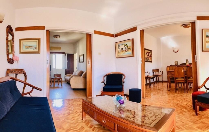 Timeless Apartment in the City Centre,