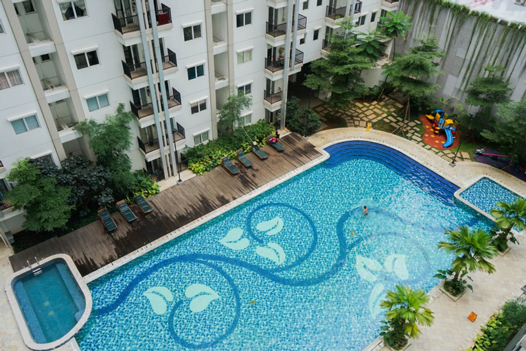 Scenic and Pool View 2BR Signature Park Grande Apartment, East Jakarta