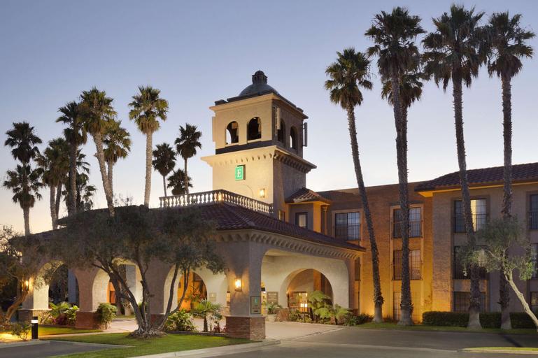 Embassy Suites by Hilton Lompoc Central Coast, Santa Barbara