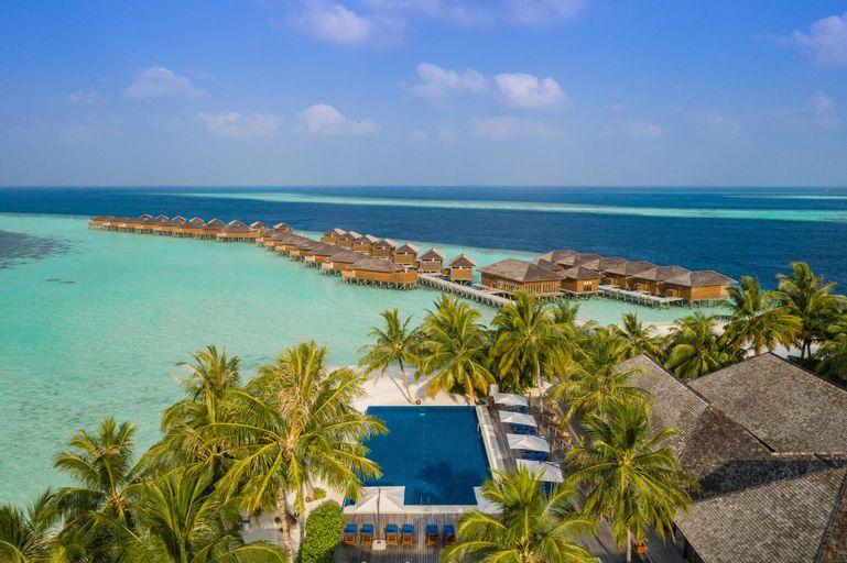 Vilamendhoo Island Resort & Spa,