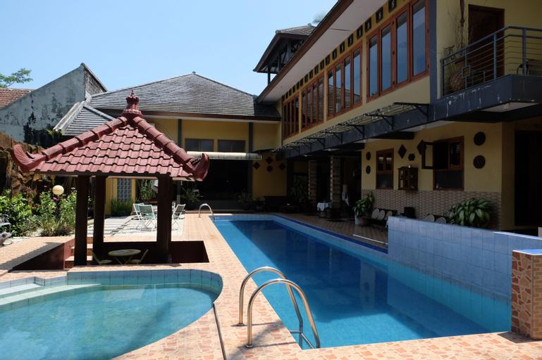 Villa Alifa, Sleman