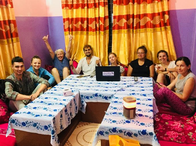 Mount Blue Tourist Hostel, Gandaki
