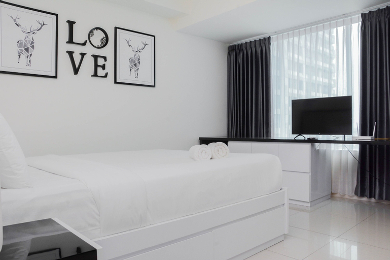 Pleasant and Modern Studio Grand Kamala Lagoon Apartment, Bekasi