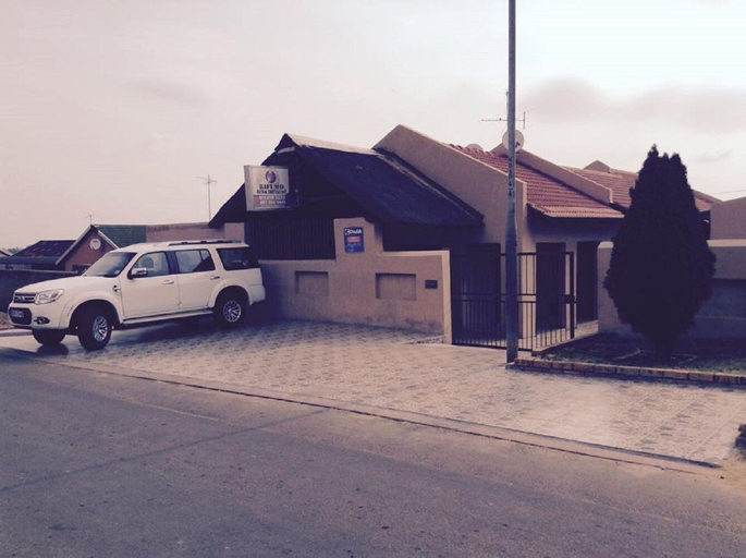 Rifumo Bed & Breakfast, West Rand