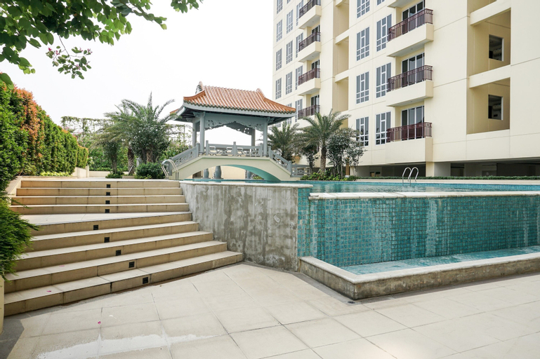 Luxurious and Comfy 2BR Lucky Tower Apartment, West Jakarta