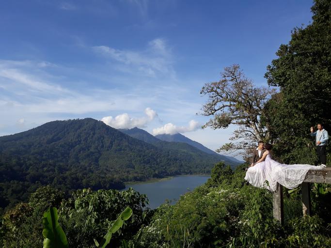 Winaposa Villas and Warung Pudak, Buleleng