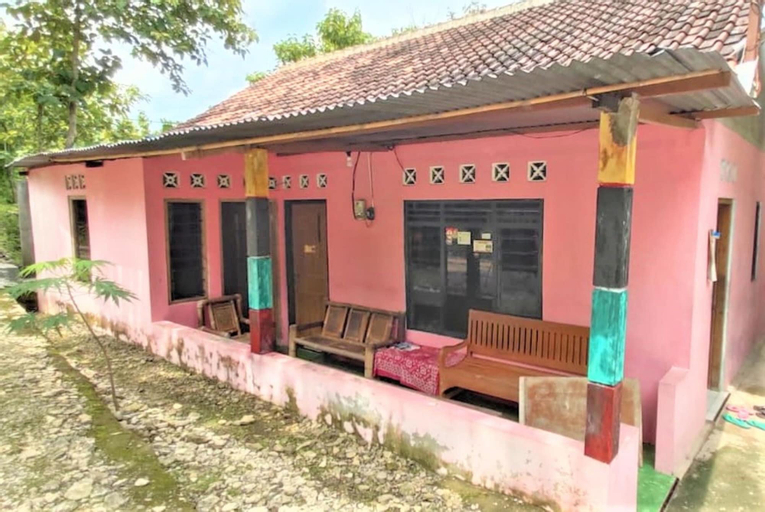 Homestay Lentera Putra - Hostel, Bantul