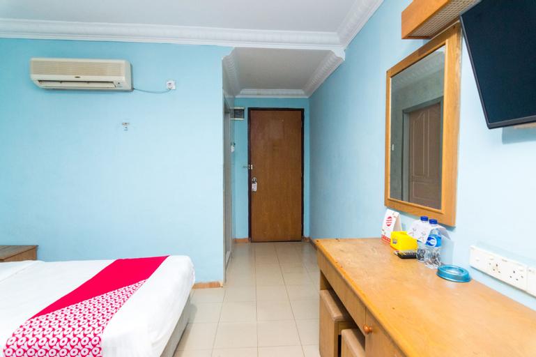 OYO 1581 Hotel Grand Palace, Batam