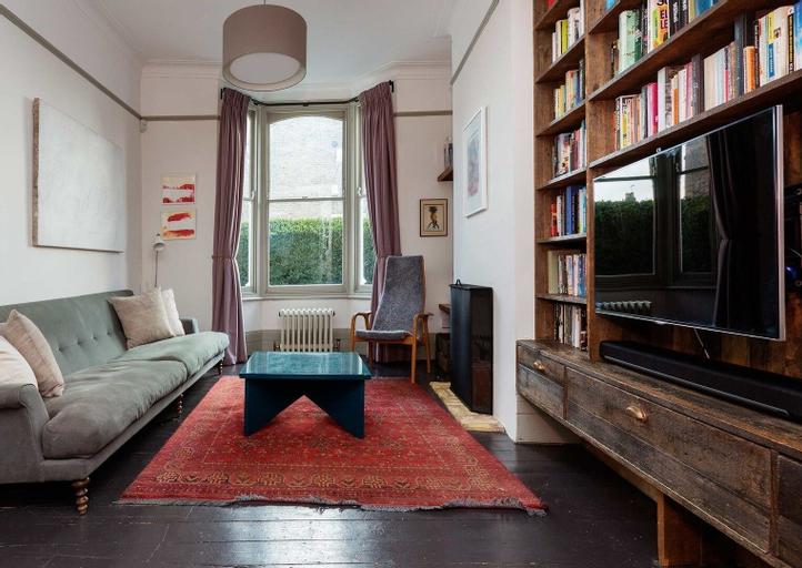 Kynaston Home, London