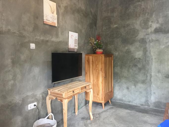 Watukarung Ristu Villa, Pacitan