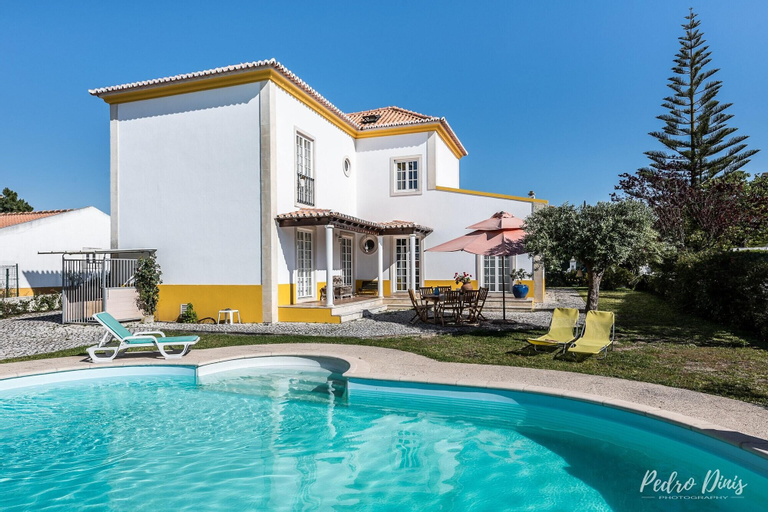 House With 4 Bedrooms in Azeitão, With Private Pool, Furnished Garden, Setúbal