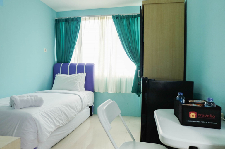 Compact and Simple Studio Apartment at Saladdin Mansion By Travelio, Depok