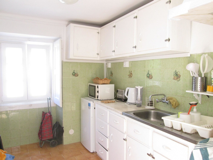 house with 2 bedrooms in sintra, with wonderful city view, enclosed garden an..., Sintra