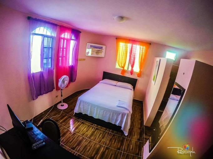 Regi Hotel & Bar, les Cayes