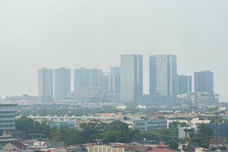 2BR near Toll Soeta Airport at City Park Apartment By Travelio, Jakarta Barat